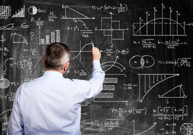 Cursinho de Física oferece desconto para filiados ao Sindsema