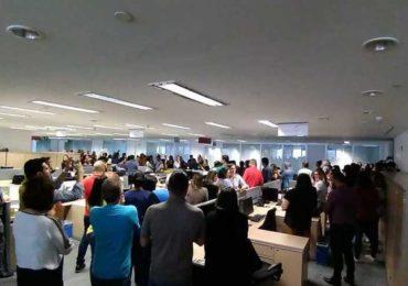 PARALISAÇÃO DOS SERVIDORES PRESSIONA GOVERNO DO ESTADO