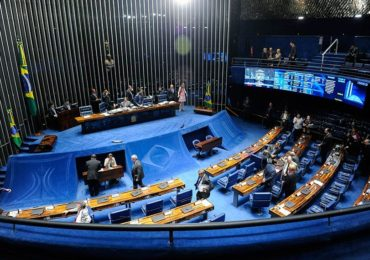 Privatização de empresas de energia está na pauta do Plenário
