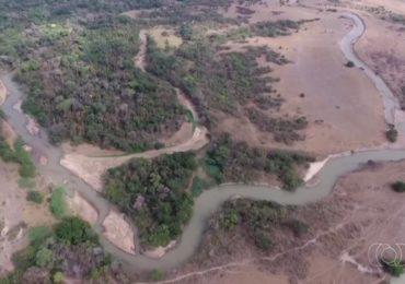 Delegacia do Meio Ambiente anuncia mudança no curso do Rio Vermelho para evitar danos ambientais, em Goiás