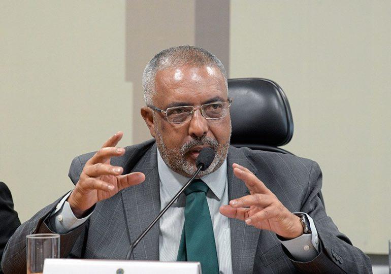 Reeleito, Paim reafirma compromisso com direitos de aposentados e trabalhadores