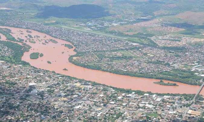 Cresce adesão a ação bilionária pela tragédia de Mariana