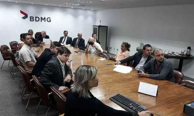 Governo de MG anuncia escala de outubro com unificação do pagamento aos servidores