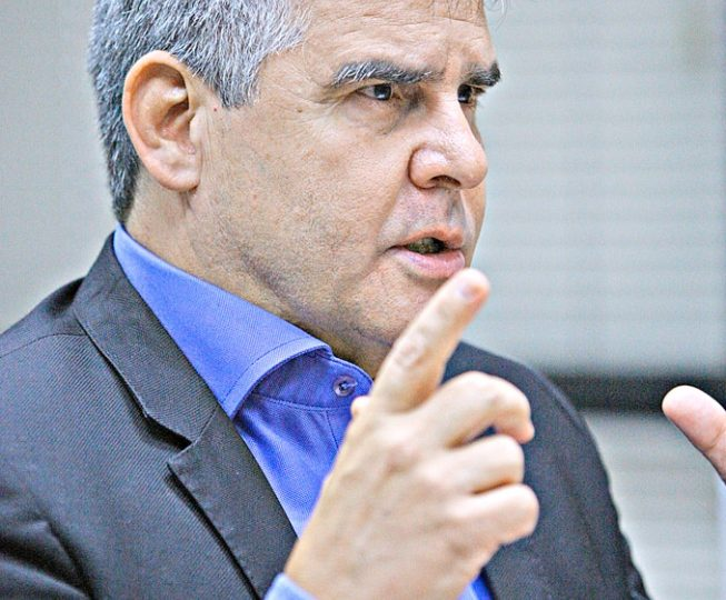 Servidor de Minas pode ter salário pago em dia já em 2019, diz Paulo Brant