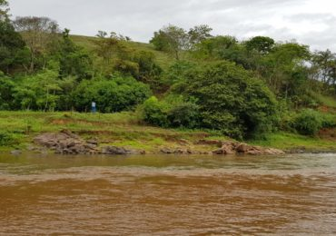 Sem soluções definitivas, ribeirinhos ainda sofrem com devastação do Rio Doce 3 anos após 'mar de lama'