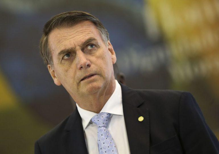 Bolsonaro chega a Brasília e avalia nomes para o Meio Ambiente