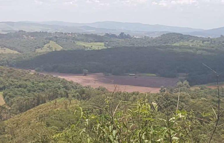 PM de Brumadinho confirma rompimento de contenção formada por rejeito de barragem