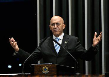 Confúcio Moura defende a unificação das leis sobre mineração no país