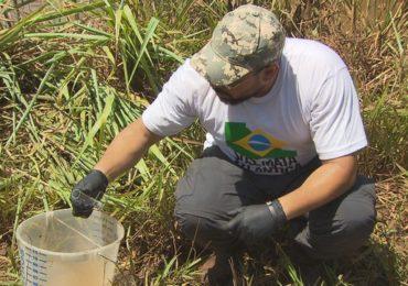 Ambientalistas fazem expedição no Rio Paraopeba, atingido por lama da Vale