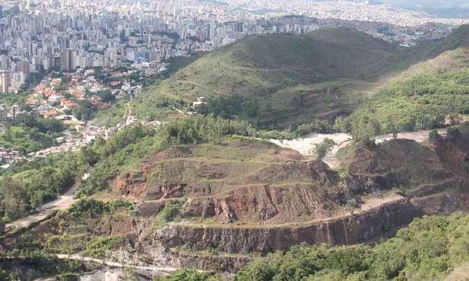 Comam determina que Mineração Lagoa Seca recupere área explorada na Serra do Curral