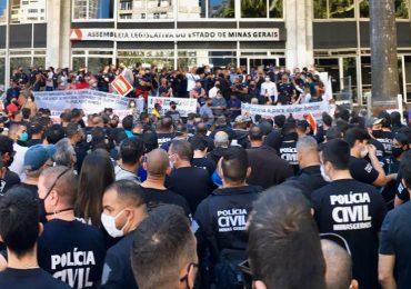 Servidores estaduais protestam contra reforma da Previdência do governo Zema